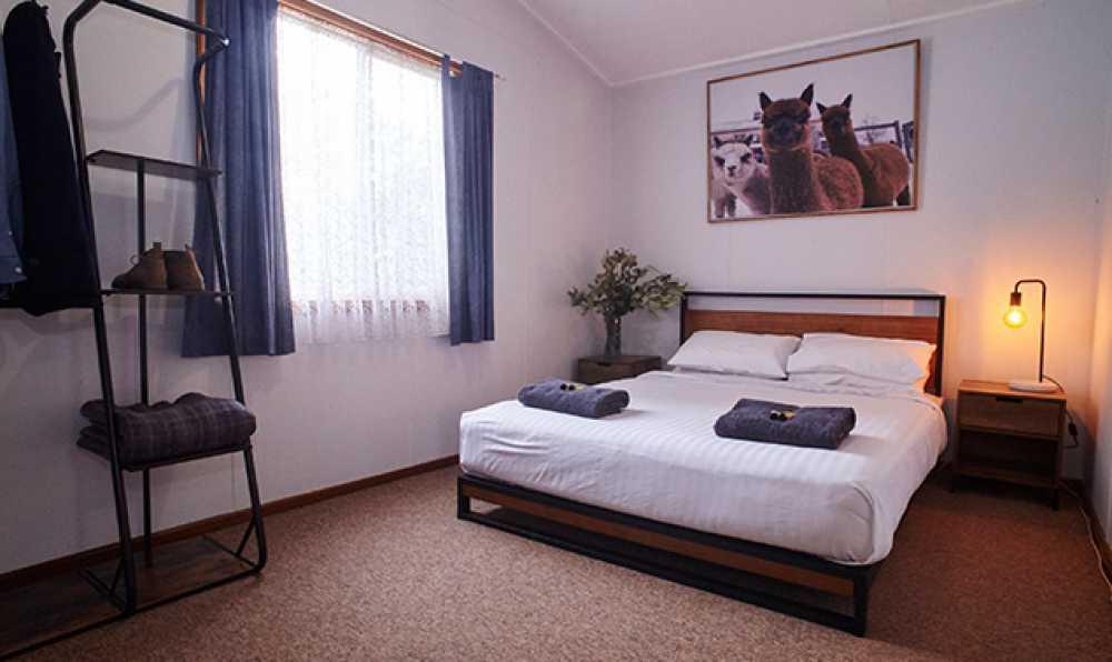 2-queen-bedroom